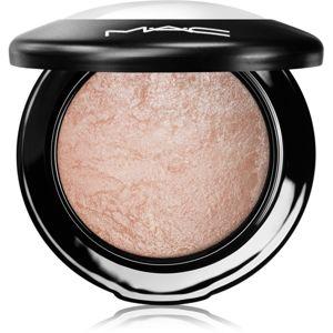 MAC Mineralize Skinfinish zapečený rozjasňujúci púder odtieň Soft & Gentle 10 g