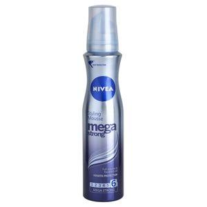 Nivea Mega Strong penové tužidlo pre dlhotrvajúci objem 150 ml